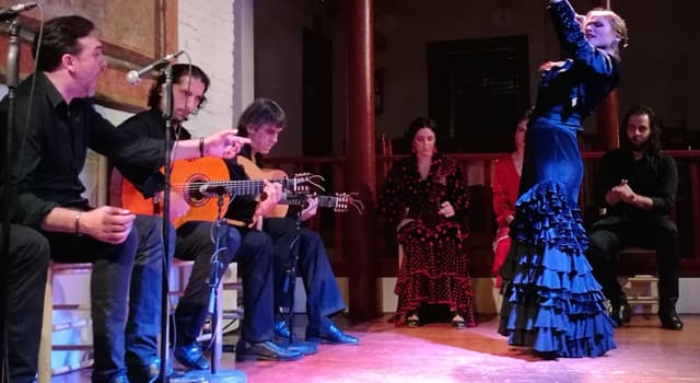 """Cultura Pregunta Trivia: ¿Quién revolucionó el mundo del flamenco con la edición del disco """"La leyenda del tiempo""""?"""