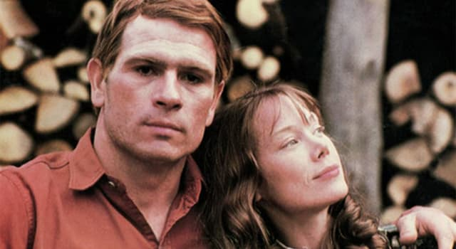 "Movies & TV Trivia Question: The film ""The Coal Miner's Daughter"" is based on the life of which singer?"