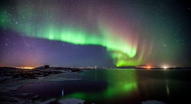 Природа Вопрос: Как по-другому называют северное сияние?