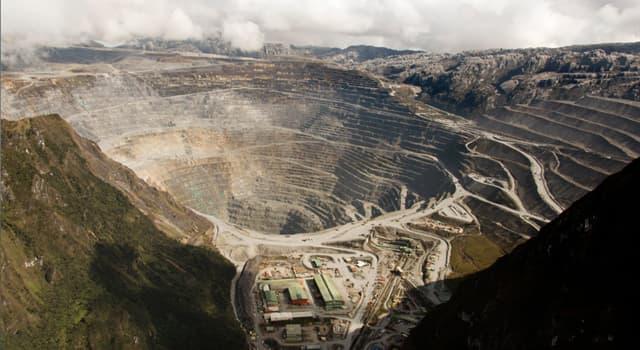 Наука Вопрос: Какое название носит крупнейший золотой рудник, а также высочайший карьер в мире?