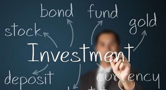 Society Trivia Question: In financial markets in the U.S., what is a 'closed-end fund'?