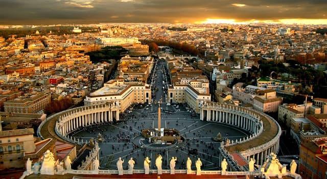 Geographie Wissensfrage: Von welcher Stadt ist der Staat Vatikanstadt umgeben?