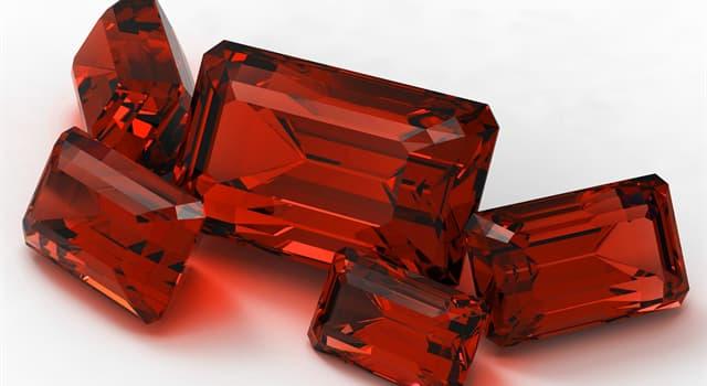 Natur Wissensfrage: Welcher von diesen Edelsteinen hat eine rote Farbe?