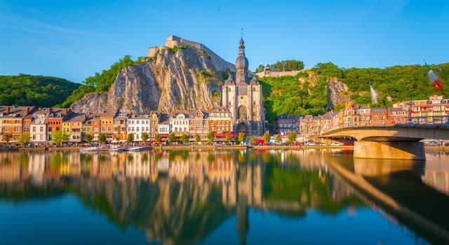Gesellschaft Wissensfrage: Welche Sprache ist keine Amtssprache in Belgien?