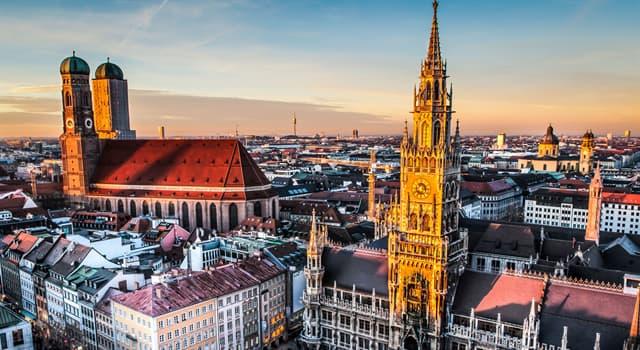 Geographie Wissensfrage: Wie heißt das Bundesland, dessen Hauptstadt München ist?