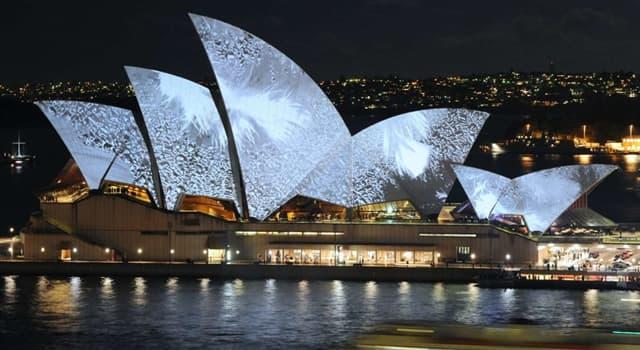 Geographie Wissensfrage: Was befindet sich in diesem symbolischen Gebäude in Sydney, Australien?