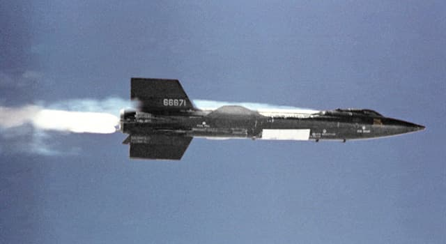 Science Trivia Question: How many pilots flew missions in the X-15?