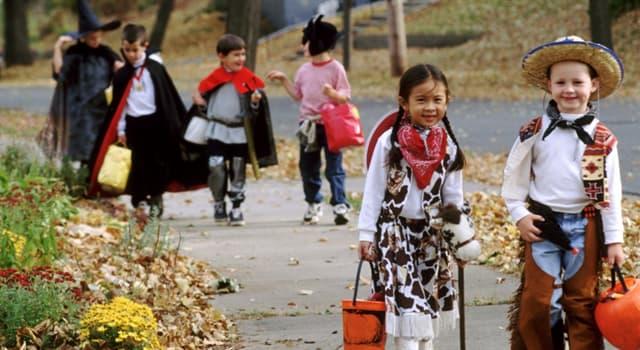Kultur Wissensfrage: Wie lautet der ursprüngliche Name des Halloweens?
