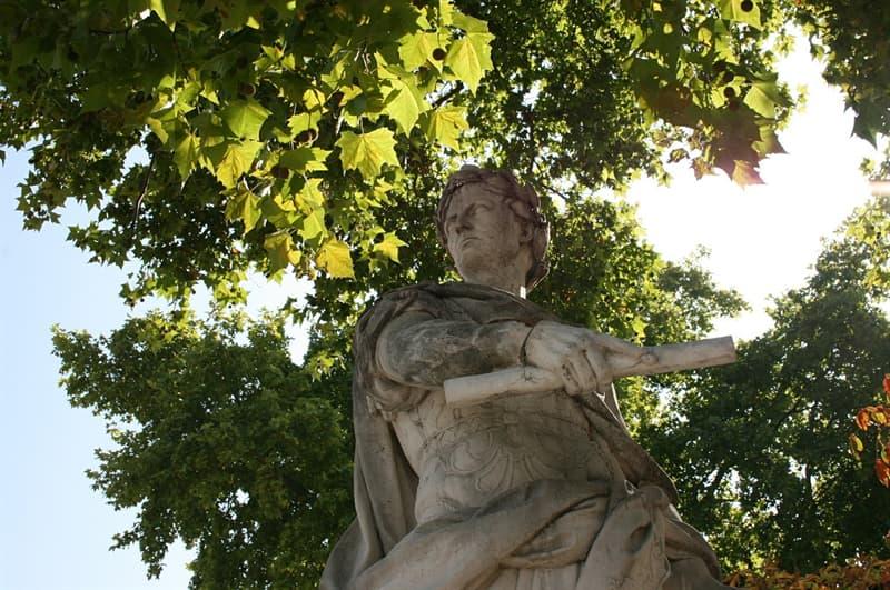 Historia Trivia: ¿En qué año iniciaba su cuenta el Calendario Juliano, que precedió al Gregoriano actualmente en uso?