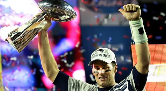 Sport Wissensfrage: Nach wem wurde der NFL Super Bowl-Pokal benannt?