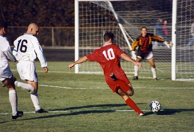 Deporte Pregunta Trivia: ¿Quién fue, según datos demostrables, el jugador que convirtió más goles en la historia del fútbol?