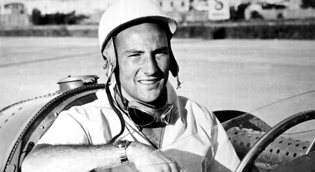 Sport Trivia Question: Stirling Moss missed out on the 1958 Formula One title by a single point to which opponent?