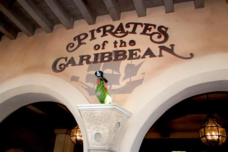 Film & Fernsehen Wissensfrage: Welcher britische Rock-Musiker spielte in zwei Filmen der Pirates-of-the-Caribbean-Filmreihe?