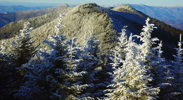 Geography Trivia Question: What is the highest summit of the Appalachian mountains?