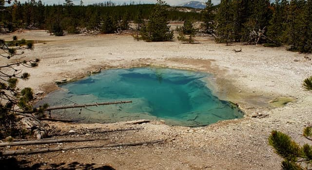 Geography Trivia Question: What is the largest hot spring in the United States?