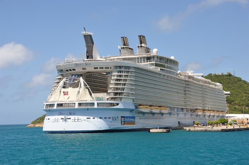 Kultur Wissensfrage: Was ist mit einer Vermessung von 228.081 BRZ das größte Kreuzfahrtschiff der Welt?
