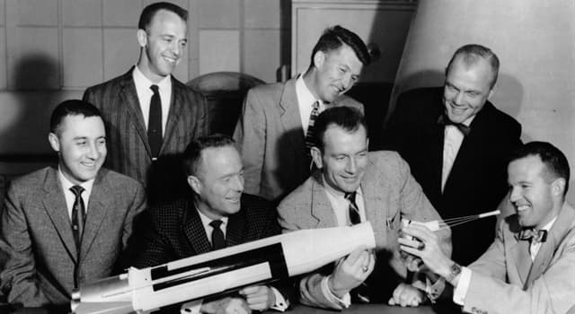 """History Trivia Question: Who was the last one of the original """"Mercury Seven"""" astronauts to pass away?"""