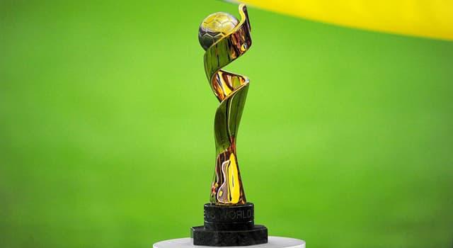Sport Wissensfrage: Wo wurde die erste Fußball-Weltmeisterschaft der Frauen ausgetragen?