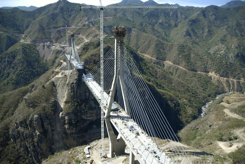 Geografía Pregunta Trivia: ¿Cuál es la ciudad con mayor cantidad de puentes?
