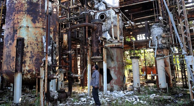 Society Trivia Question: How much did Union Carbide pay the Indian government for damages in the 1984 Bhopal disaster?