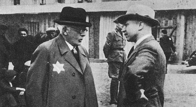 Geschichte Wissensfrage: Wer war der Vorsitzende des Judenrates im Ghetto Łódź während der deutschen Besetzung Polens?