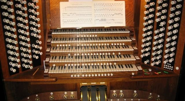 Society Trivia Question: Who became the Organist and Master of the Choristers of Westminster Abbey in 2000?