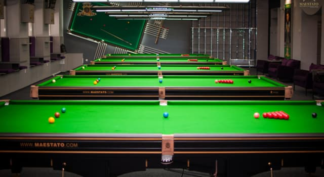Sport Trivia Question: Who was the first snooker player to win both the world amateur and professional championships?
