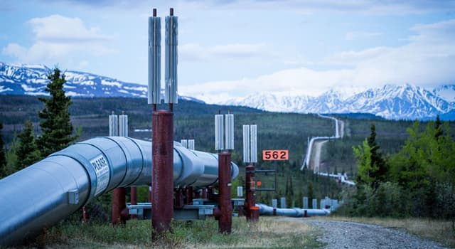 Society Trivia Question: How many miles of pipeline does the Trans-Alaska Pipeline System have?