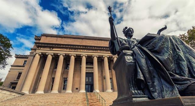 Kultur Wissensfrage: Welche Teile der Statue Venus De Milo fehlen?