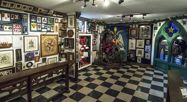 Culture Trivia Question: Where is the official 'Museum of Witchcraft and Magic' located?