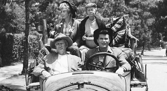 "Movies & TV Trivia Question: Which actor/actress did not appear in all 274 episodes of ""The Beverly Hillbillies""?"