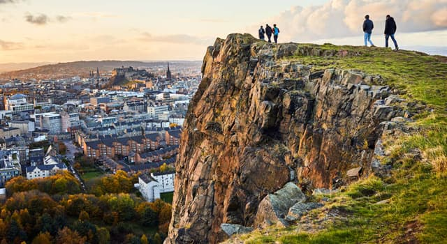 Geography Trivia Question: Which city is nicknamed Auld Reekie?