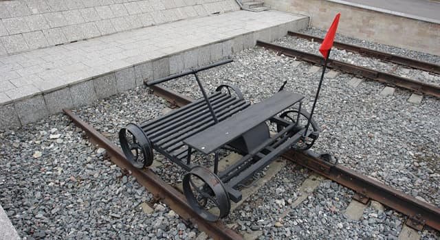 Society Trivia Question: Which of these is a light auxiliary rail vehicle?