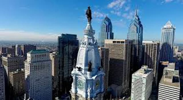 Culture Trivia Question: Whose statue is on top of the Philadelphia City Hall?