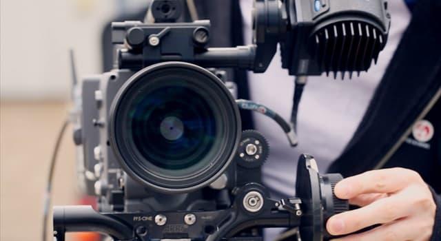 """Film & Fernsehen Wissensfrage: Worum geht es in dem 1987 entstandenen Film """"Der Lauf der Dinge""""?"""