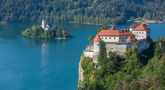 Geography Trivia Question: In which country will you find the medieval castle shown in the picture?