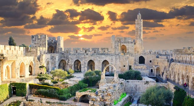 Culture Trivia Question: What is the official language of Israel?