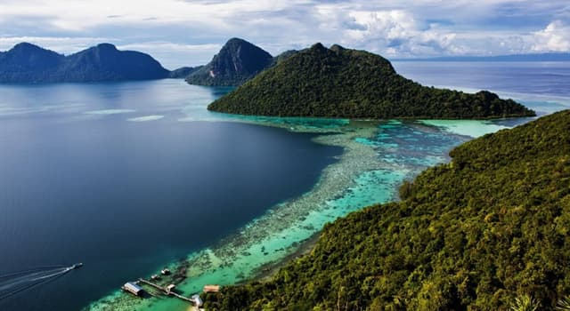 Geography Trivia Question: As for the size of the islands, which place does Borneo island have in the world?
