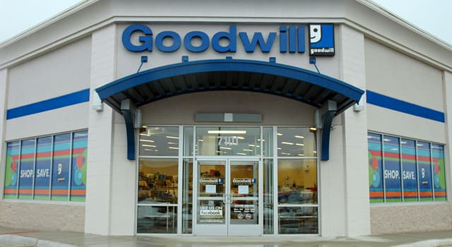 Society Trivia Question: In 2019, how much did the Chief Executive Officer (CEO) of Goodwill Industries International earn?