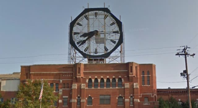 Culture Trivia Question: What is the diameter of the original Colgate Clock in New Jersey?