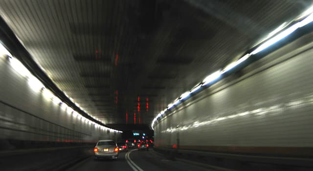 Geography Trivia Question: In which city is Holland Tunnel?