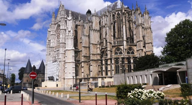 Culture Trivia Question: In which country is the Cathedral of Saint Peter of Beauvais located?