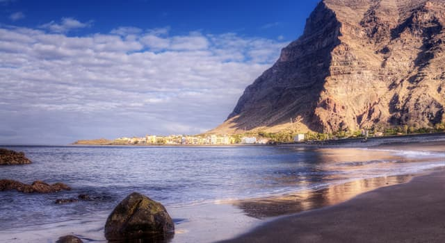 Geography Trivia Question: In which ocean is La Gomera island, one of the Canary Islands, located?