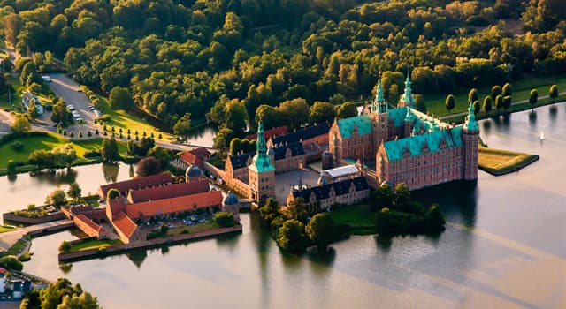 Geography Trivia Question: In which country is Frederiksborg Castle located?