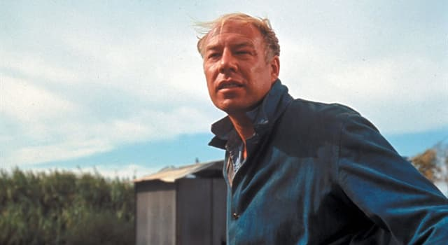 Movies & TV Trivia Question: Where was actor George Kennedy born?