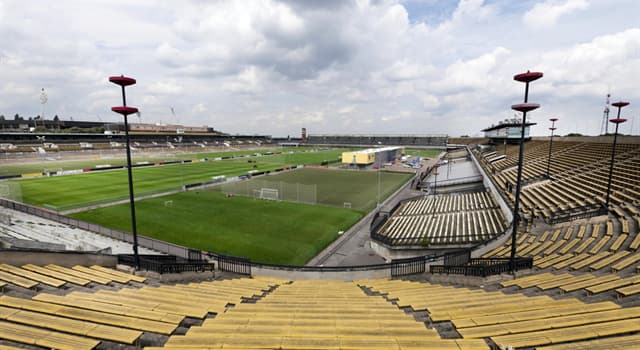 Sport Trivia Question: Which capacity does the Great Strahov Stadium have?