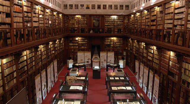 Culture Trivia Question: Which of the following libraries in Italy is the oldest?