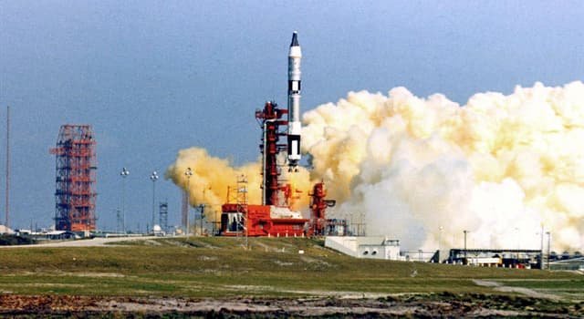 Science Trivia Question: Which was the first crewed mission in the Gemini program?