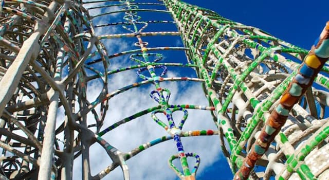 Geography Trivia Question: Where are the Watts Towers located?