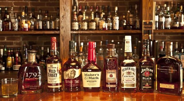 """Cultura Pregunta Trivia: ¿Qué pueblo escocés se promociona a sí mismo como """"la capital del whisky""""?"""